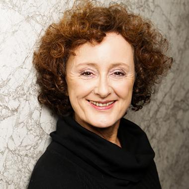 Porträtbild Lilian Kloppmann-Textil-Mode-Grafikdesign